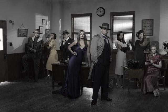 JON HUERTAS, TAMALA JONES, SEAMUS DEVER, STANA KATIC, NATHAN FILLION, PENNY JOHNSON JERALD, SUSAN SULLIVAN, MOLLY QUINN