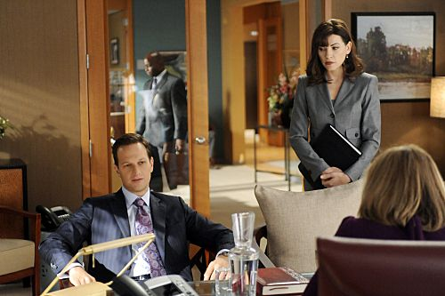 THE GOOD WIFE: Alicia Florrick's New Hair Ushers in Season 3