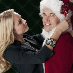 laura-vandervoort-desperately-seeking-santa