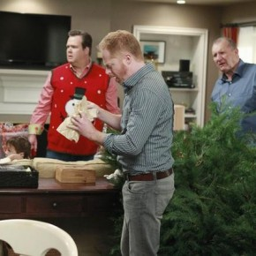 ERIC STONESTREET, JESSE TYLER FERGUSON, ED O&#039;NEILL, ARIEL WINTER