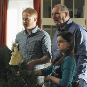 JESSE TYLER FERGUSON, ED O&#039;NEILL, ARIEL WINTER