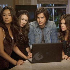 SHAY MITCHELL, TROIAN BELLISARIO, TYLER BLACKBURN, LUCY HALE