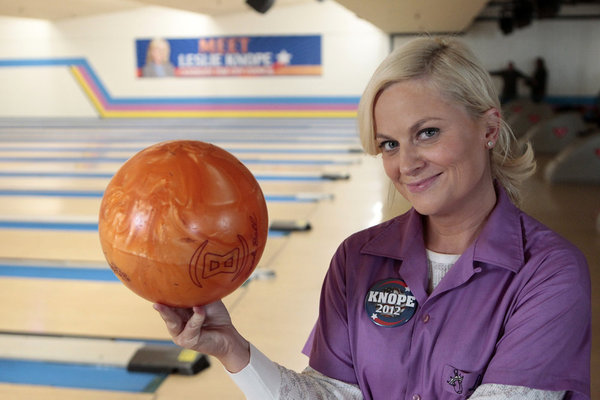PARKS &amp; RECREATION: New Photos from &#8220;Bowling for Votes&#8221;