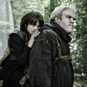 GOT_Bran-Stark-and-Hodor-Issac-Hempstead-Wright-and-Kristian-Nairn-Helen-Sloan