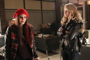 "ONCE UPON A TIME - ""Red-Handed"" - MEGHAN ORY, JENNIFER MORRISON"