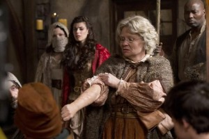 "ONCE UPON A TIME - ""Red-Handed"" - GINNIFER GOODWIN, MEGHAN ORY, BEVERLEY ELLIOTT"