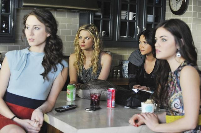 PRETTY LITTLE LIARS and JANE BY DESIGN Return in June