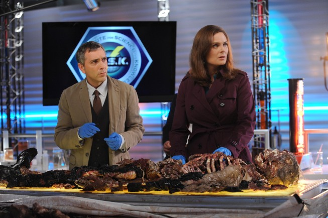 BONES Recap: Booth and Brennan take on Hollywood