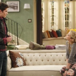 "MELISSA & JOEY - ""All Up in My Business"""
