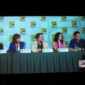 Jack Kenny, Allison Scagliotti, Saul Rubinek, Joanne Kelly and Eddie McClintock from Warehouse 13 (Photo by Rueben)