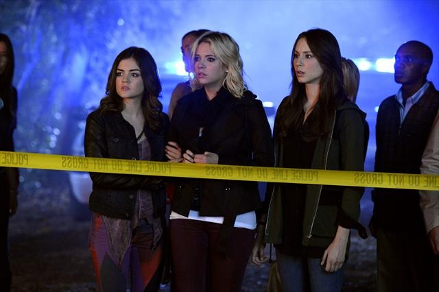 PRETTY LITTLE LIARS: Showrunner Talks BetrAyal and the Enemy Within