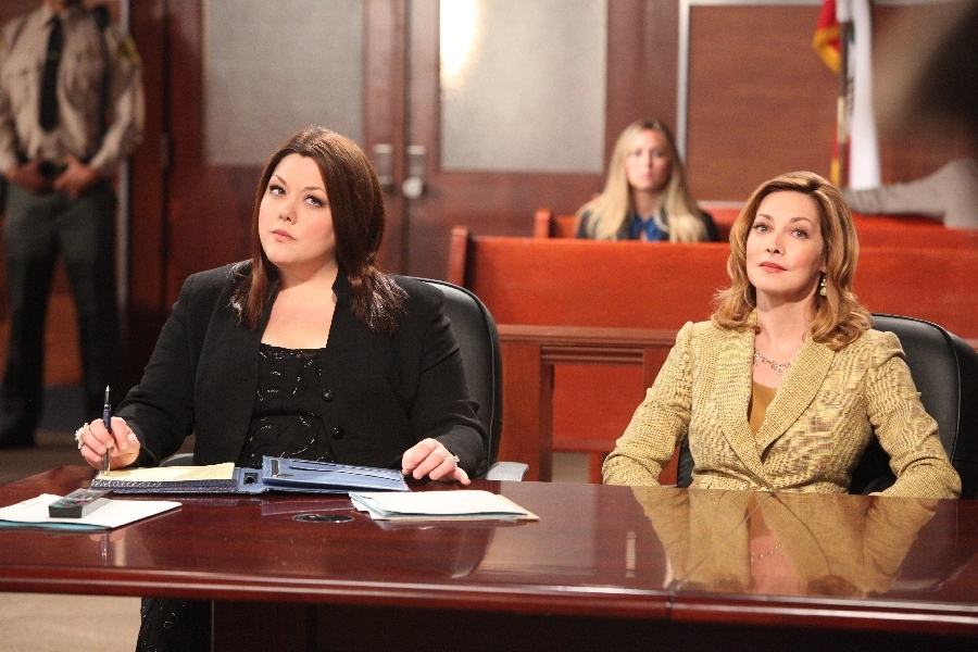 DROP DEAD DIVA: Sharon Lawrence & Abby Lee Miller Take the Stand
