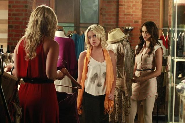 "PRETTY LITTLE LIARS: ""Single Fright Female"" Recap"