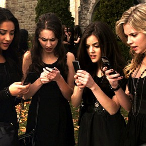 pretty-little-liars-A-text