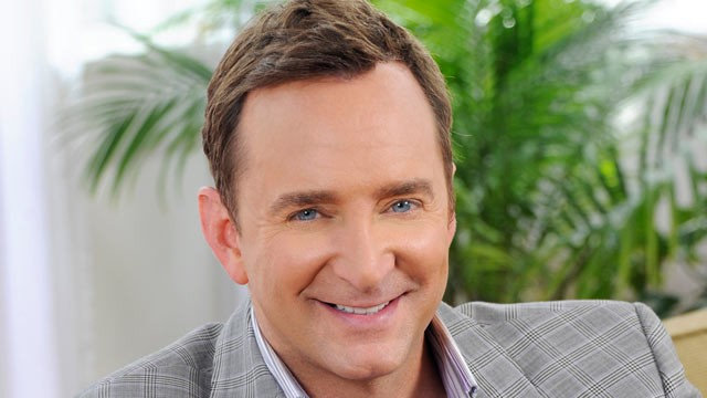 Clinton Kelly Is Ready to Style the Emmys Red Carpet (And Admits He's Never Done Crack)