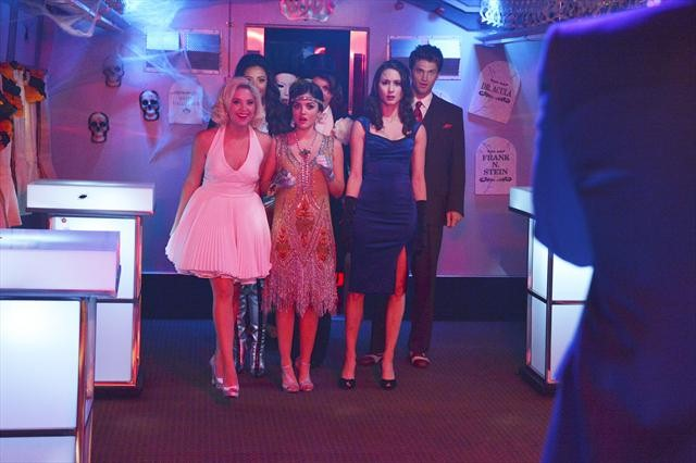 PRETTY LITTLE LIARS: Photos from Halloween Special