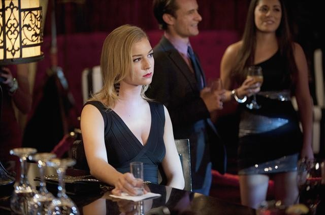REVENGE: Photos and Synopsis for Ep. 2.08, &#8220;Lineage&#8221;