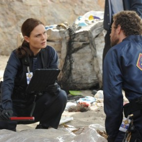 Bones-Ep805-BodInPod_Scene1_0328