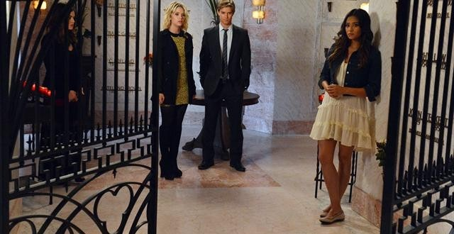 "PRETTY LITTLE LIARS: Photo Preview for ""Dead To Me"""