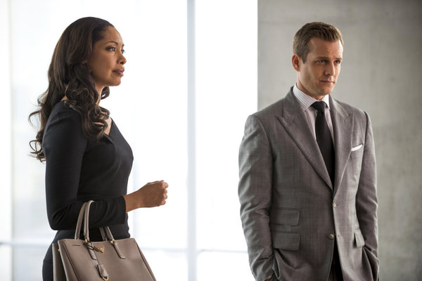 """SUITS: Photo Preview and Synopsis for """"Blood in the Water"""""""