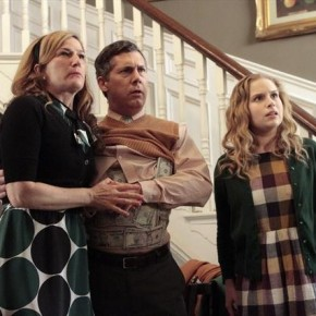 ANA GASTEYER, CHRIS PARNELL, ALLIE GRANT