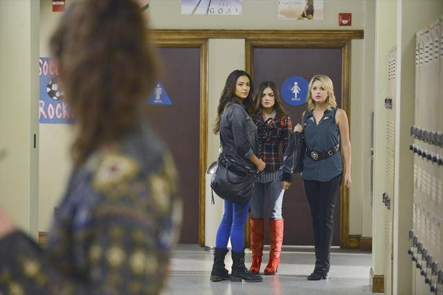 """PRETTY LITTLE LIARS: Photo Preview and Synopsis for """"What Becomes of the Broken-hearted?"""" [SPOILERS]"""