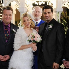 "MODERN FAMILY - ""Best Men"""