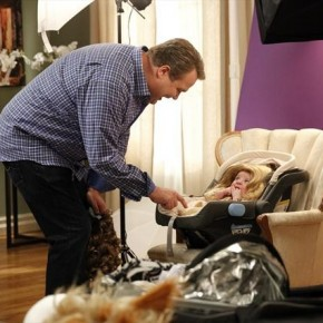 "MODERN FAMILY - ""Bad Hair Day"""
