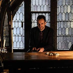 Elementary-Episode-14-The-Deductionist-14