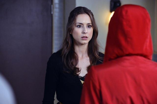 """PRETTY LITTLE LIARS: Photo Preview for Winter Finale, """"A dAngerous gAme"""""""