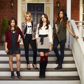 "PRETTY LITTLE LIARS - ABC Family's ""Pretty Little Liars"""
