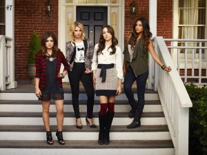 LiArs Unite at the Paley Center for Media: PRETTY LITTLE LIARS