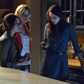 "PRETTY LITTLE LIARS - ""Turn of the Shoe"""