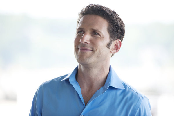 """ROYAL PAINS Is """"Chock Full O' Nuts"""" {PHOTOS}"""