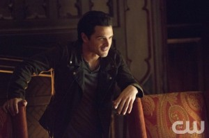 THE VAMPIRE DIARIES: LISTEN TO ENZO'S SEASON 6 PLAYLIST