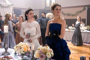 REIGN: Amy Brenneman Guests at Mary's Wedding {PHOTOS}