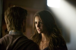 "THE VAMPIRE DIARIES: ""While You Were Sleeping"" Photos & Synopsis"