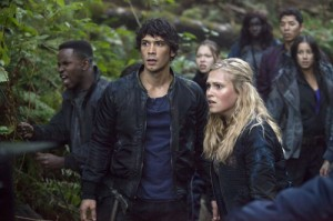 "THE 100: ""Murphy's Law"" Synopsis & Photos"
