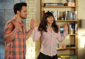 Jamie Lee Curtis Returns on NEW GIRL {PHOTOS}