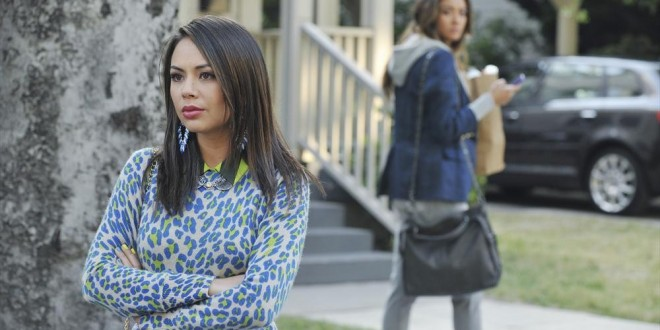 "PRETTY LITTLE LIARS: Photos & Synopsis from ""Silence of E. Lamb"", Plus Sneak Peek Video"