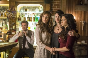 WITCHES OF EAST END: Season 2 portends sexy, witchy, jaw-dropping summer fun {SPOILERS}
