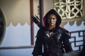 "ARROW: ""The Magician"" Synopsis & Photos"