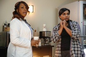 THE MINDY PROJECT: How to Beat Shonda Rhimes at Beer Pong {PHOTOS}