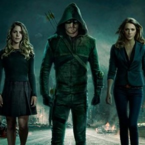 Arrow: Emily Bett Rickards talks Felicity [Video]