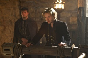 "REIGN: ""Terror of the Faithful"" Synopsis & Photos"