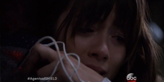 "MARVEL'S AGENTS OF S.H.I.E.L.D.: Premiere Promo ""There's something very wrong with me"""