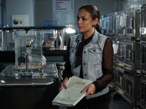 Preview From Tonight's PRETTY LITTLE LIARS [Video & Photos]