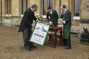 "DOWNTON ABBEY: ""Season Six, Episode Six"" {Recap}"