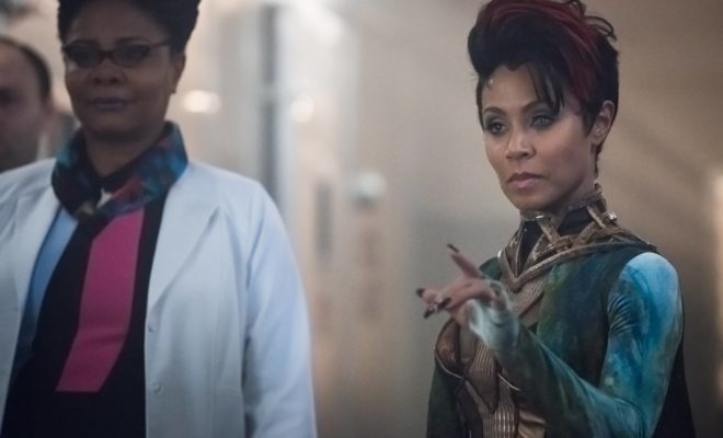 GOTHAM: L-R: Guest stars Tonya Pinkins and Jada Pinkett Smith in the ÒWrath of the Villains: TransferenceÓ season finale episode of GOTHAM airing Monday, May 23 (8:00-9:00 PM ET/PT) on FOX. ©2016 Fox Broadcasting Co. Cr: Jeff Neumann/FOX
