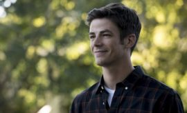 "The Flash -- ""Flashpoint"" -- Image: FLA301a_0032b.jpg -- Pictured: Grant Gustin as Barry Allen -- Photo: Katie Yu/The CW -- © 2016 The CW Network, LLC. All rights reserved."